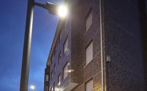 La nueva iluminación de Santa Apolonia permitirá ahorrar 7.500 euros cada año