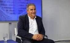 Mieres pide al rector que no convierta en «una subasta» la implantación del grado de Deportes