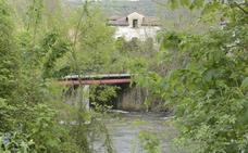Fallece un vecino de Trubia al caer al río