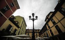 Las farolas de Oviedo, entre el señorío y el ahorro