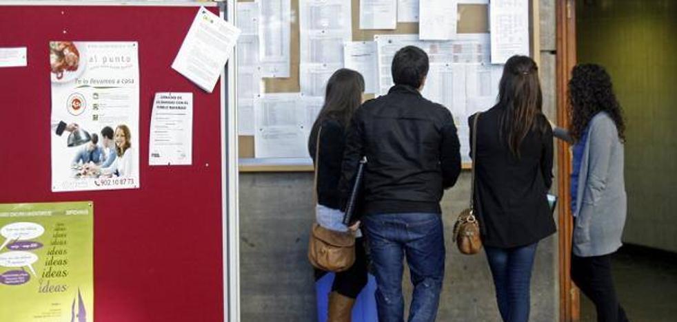 Los decanos reconocen que una tutela más rigurosa de los trabajos evitaría los fraudes