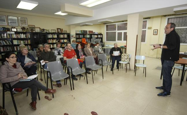Nuevo Gijón estrena su 'laboratorio' para detectar los problemas del barrio