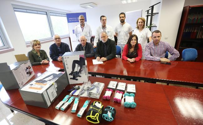 El San Agustín, primer hospital asturiano en unir la hemodiálisis y el deporte