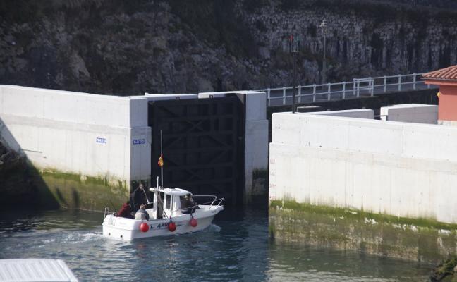 Tragsa gestionará la compuerta del puerto de Llanes con «más flexibilidad»