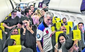 El inquietante mensaje del comandante de un vuelo de Vueling que vació parte del avión