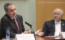 Zapatero cree que el «proceso de unidad» de la FSA culminará con las primarias
