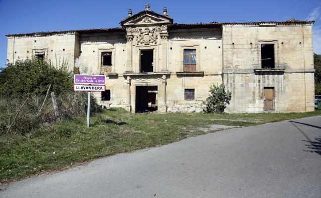 Los vecinos de Celles piden el amparo de la Fiscalía para proteger el palacio