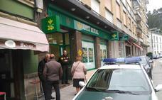 La Guardia Civil busca a los autores del intento de robo a un banco en Trevías