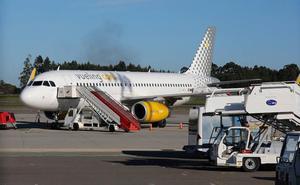 Vueling anula 720 billetes a El Prat por el paro de pilotos