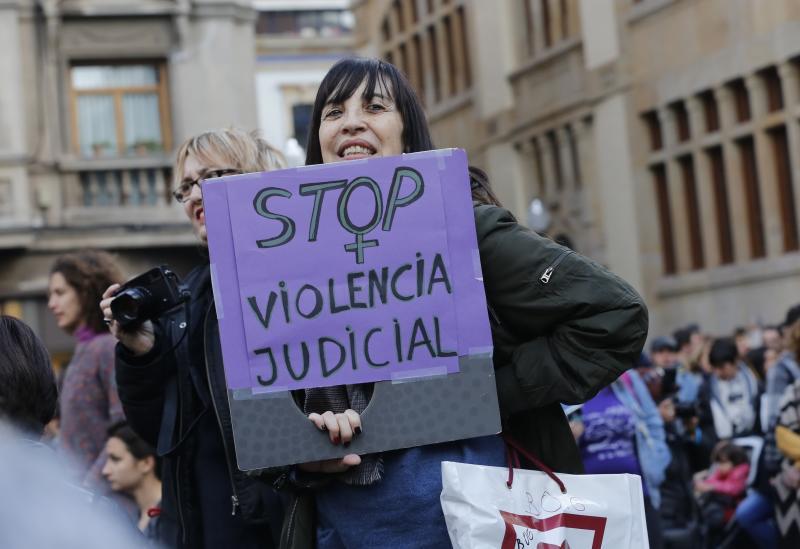 Asturias sale a la calle en respuesta a la sentencia de 'La Manada'