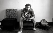 El fotógrafo asturiano censurado en Segovia: «Mis fotos no son duras y genitales tenemos todos»