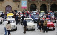 Los amantes de los 600 se concentran en Gijón