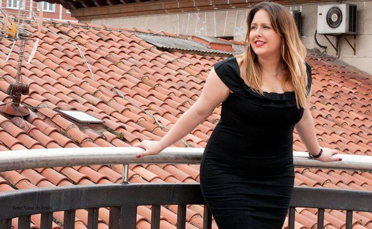 Laura Serdio, la reportera avilesina que se convirtió en modelo