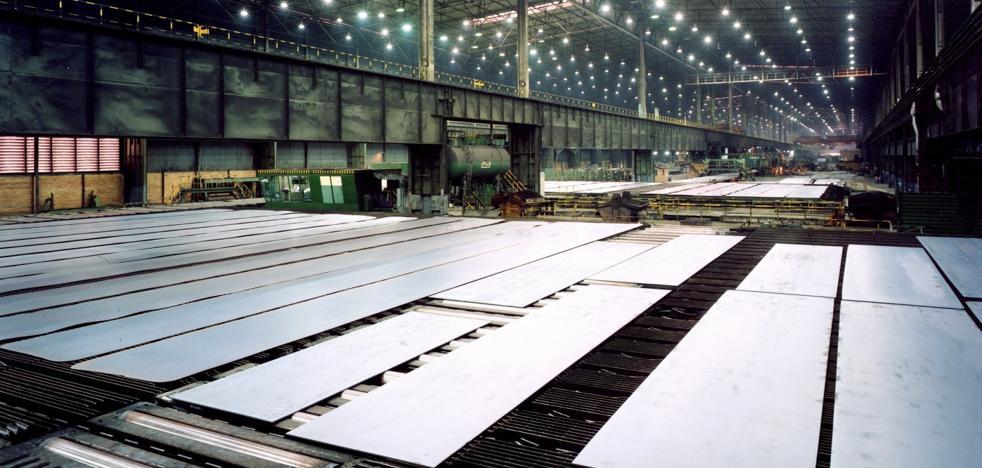 Las condiciones de la plantilla frenan la negociación del tren de chapa con Arcelor
