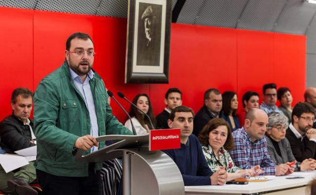 Barbón se perfila como único aspirante a las primarias del PSOE al Principado