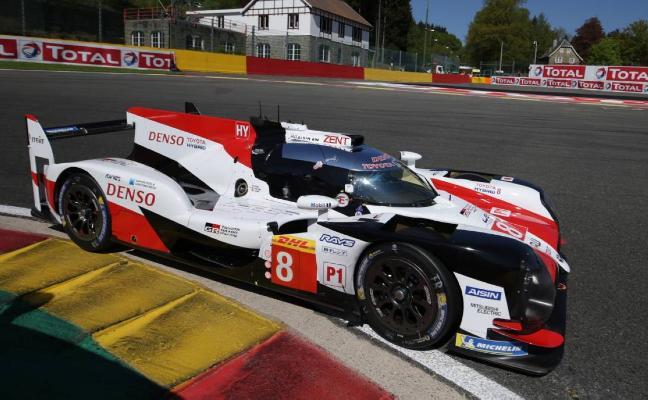 Una descalificación despeja la pole para Alonso en Spa