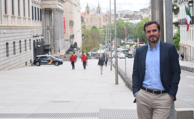 «Gaspar Llamazares no acude a los órganos del partido y nos consta que baja a Madrid para crear un partido o para atacar la posición política de Izquierda Unida»