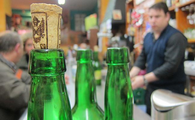 Emulsa reclama al Principado un estudio del destino de las botellas de sidra tras su uso