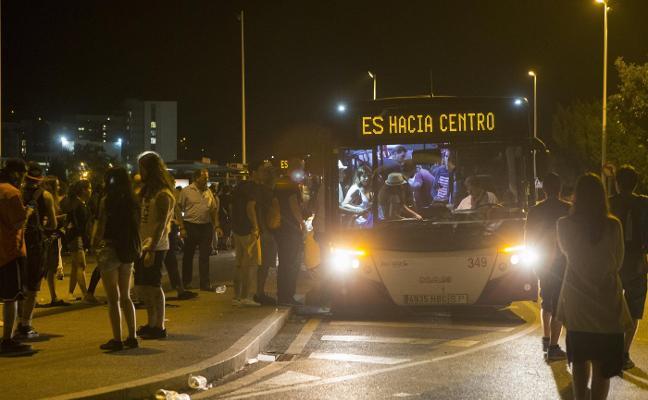 Los informes avalan la implantación en Gijón de las paradas de autobús 'antiacoso'