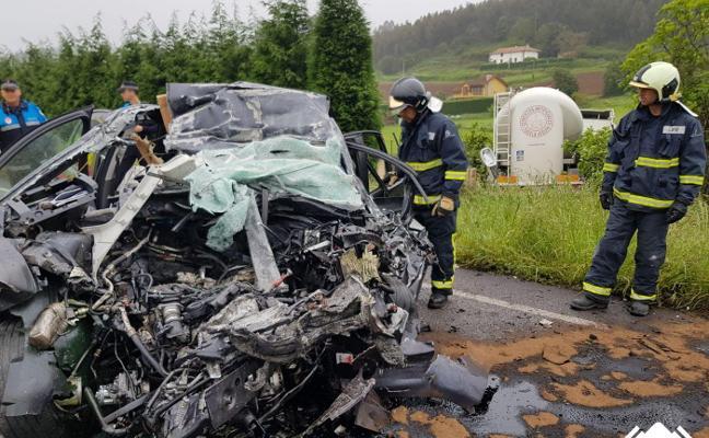 Un vecino de Gijón de 45 años fallece en un accidente de tráfico en Carreño