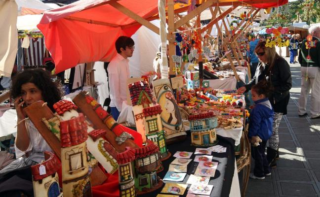 Comienza el mercado de San Isidro en el parque Cuno Corquera de Posada