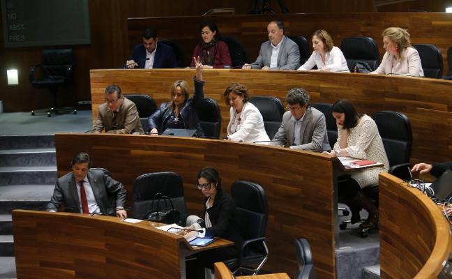 El paso adelante de Barbón por la candidatura divide al PSOE en la Junta
