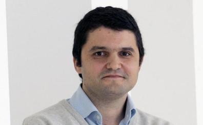 Carlos Allende, el astrofísico asturiano que prueba que la Vía Láctea es casi tres veces más grande de lo que se creía hasta ahora