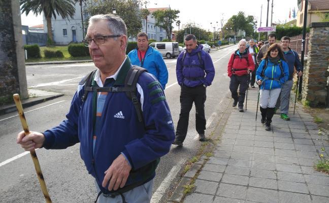 Cudillero señalizará una senda peatonal alternativa al Camino de Santiago