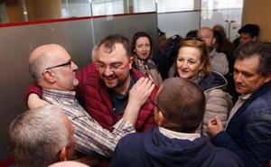 Javier Fernández: «Barbón es el candidato de todos los socialistas y por eso es mi candidato»