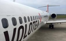 El aeropuerto de Asturias negocia una conexión directa con Granada