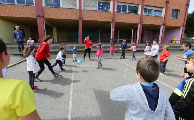 La Escuela de Verano programa diez semanas de talleres, juegos y excursiones infantiles en Las Vegas