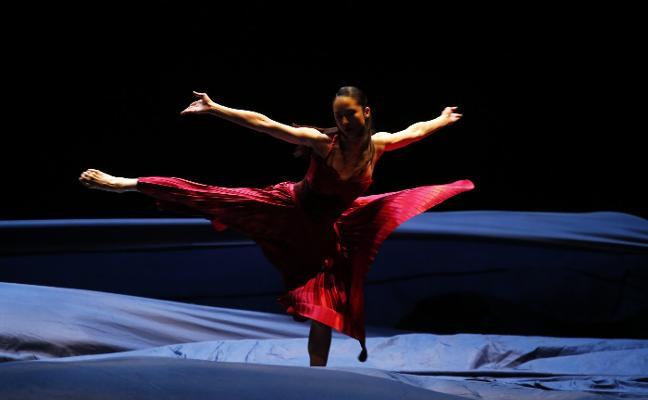 'Tristán e isolda' bailan en el teatro Campoamor
