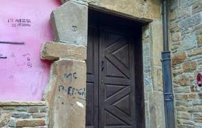 IU reclama relanzar la actividad de la Casona de El Bravial, en Blimea