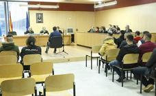 «Las pruebas son insuficientes, las vigilancias escasas y ninguna relevante», alega la defensa de los hermanos acusados de tráfico de hachís