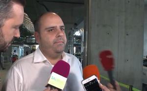 Julio Ruz regresa a Madrid en medio de la polémica