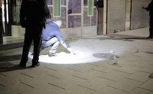 Un hombre resulta herido de un disparo en un bar de Avilés