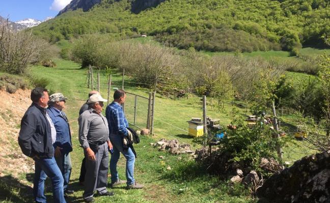 Vecinos de la Sierra de Courel visitan el Parque Natural de Somiedo