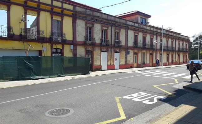 IU acusa al PSOE de abocar el edificio de Perán al derribo por falta de protección