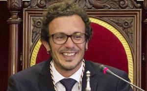 Kichi, crítico con Pablo Iglesias: «No quiero dejar de vivir y criar a mis hijos en un piso de currante»
