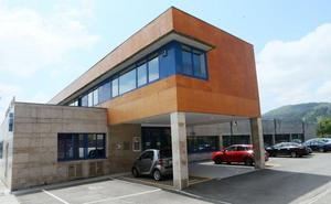 Los ladrones roban por tercera vez en un año en el centro de salud de Lugones