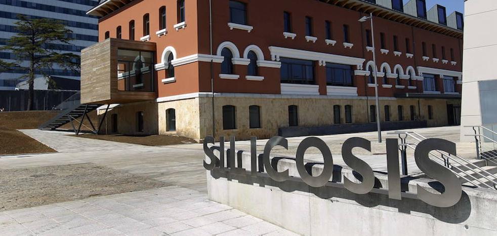 El juez da un mes a Sanidad para destituir al director de Silicosis