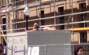 Un Tostaderu improvisado en el centro de Gijón