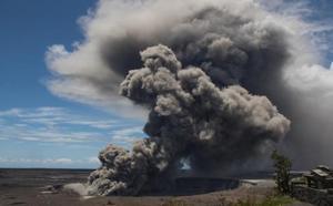 El volcán Kilauea de Hawái entra en erupción y lanza ceniza a 9.000 metros