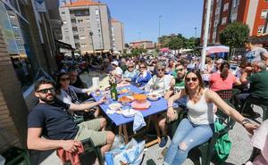 Unas 1.200 personas participan en la Comida en la Calle de Villalegre