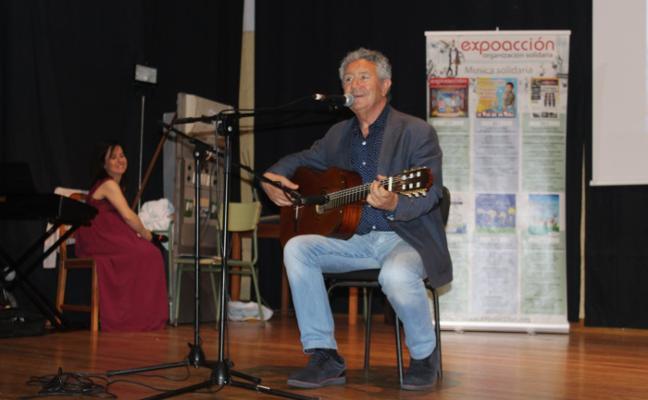 Música para unir Luanco y Kiev