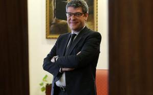 «China no puede hacerse con EdP sin la autorización del Gobierno español»