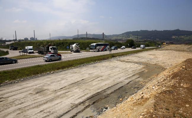 El primer tramo de los accesos a El Musel, frenado por un cambio de proyecto