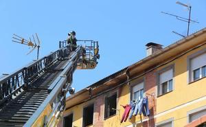 Extinguido el incendio de una vivienda de la calle San Francisco, en Las Vegas