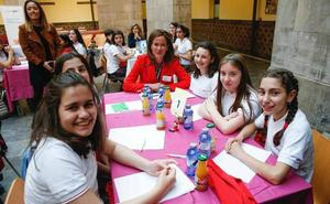 Sesenta alumnas del Codema abren la primera sesión del 'Inspiring Girls'