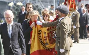 El PSOE acusa a PP, Foro y Ciudadanos de utilizar símbolos nacionales